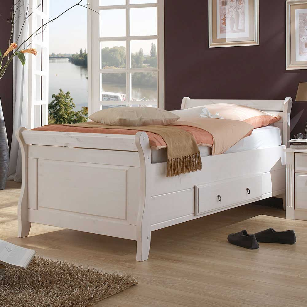 Landhaus Bett in Weiß Kiefer teilmassiv günstig online kaufen