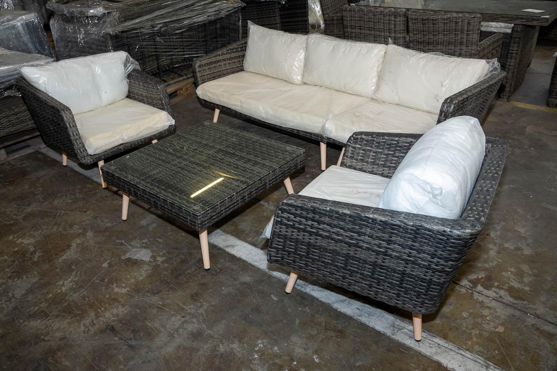#HBM 2802: 2x Sessel Skara & 1x Seiten- + 1x Eckelement Skara + Tisch Molde günstig online kaufen
