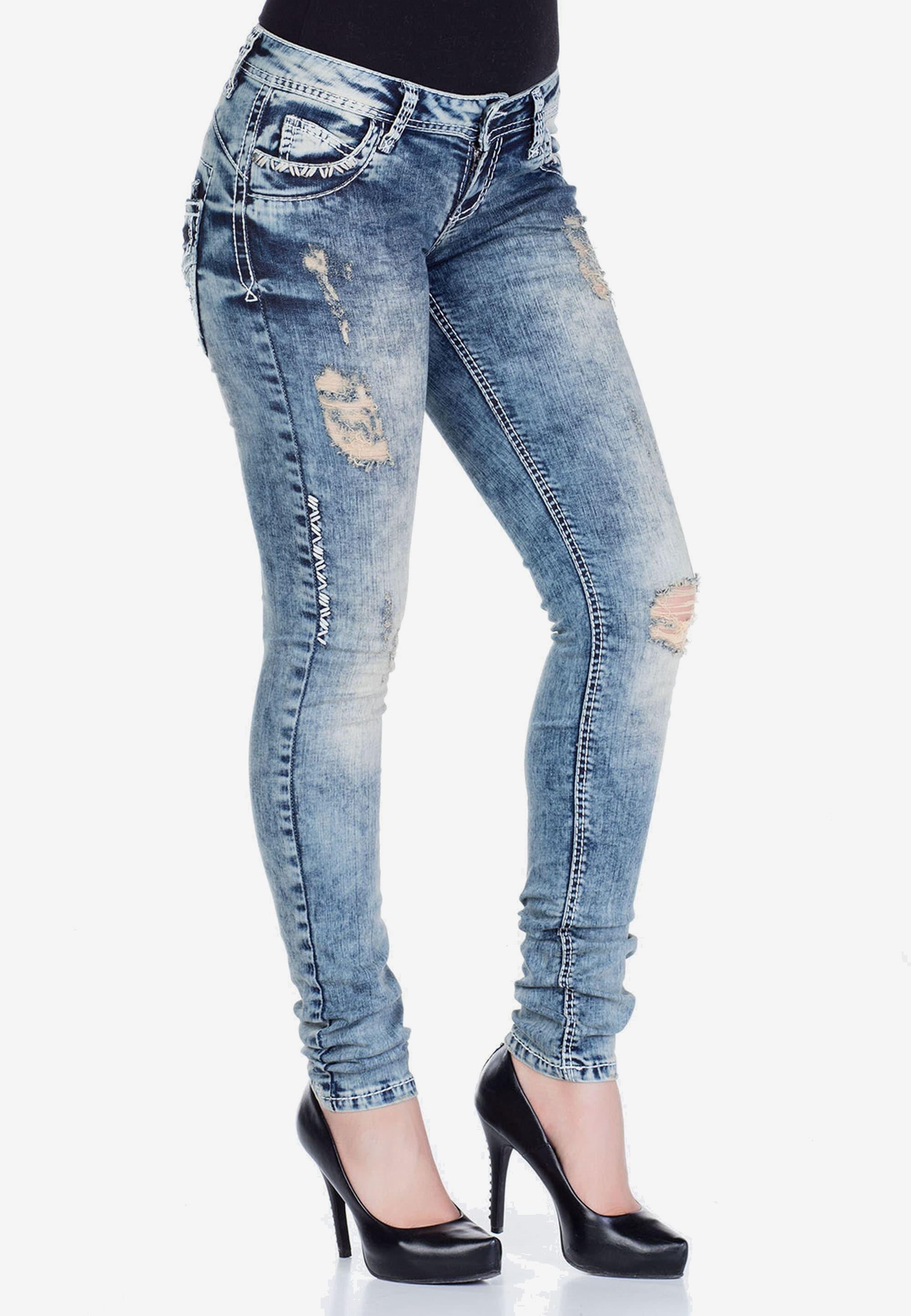 Cipo & Baxx Slim-fit-Jeans, mit coolen Used-Elementen günstig online kaufen